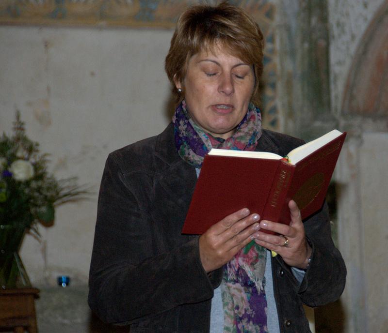 Madame DARD fait la deuxième lecture